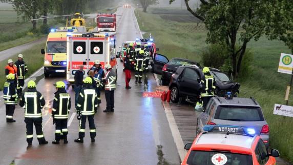 Drei Verletzte bei Unfall – 83-Jährige schwebt in Lebensgefahr